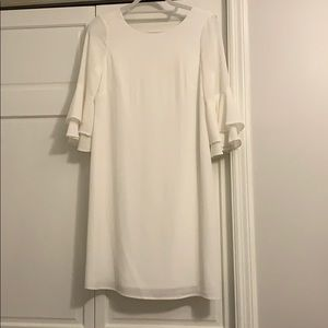 White ruffle sleeve dress.  Size 4. Nine West.